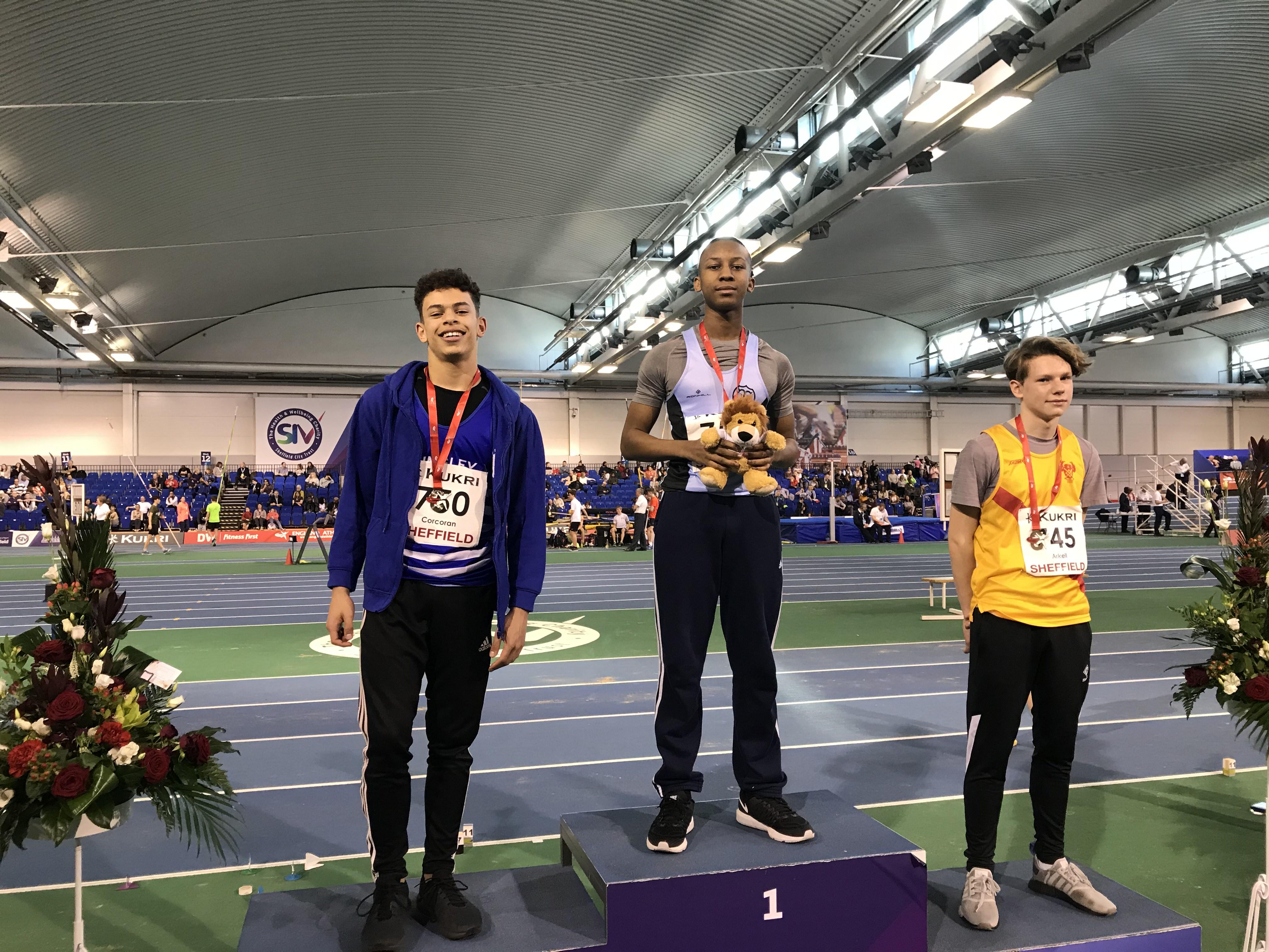 Harrier Gold at Indoor Championships!